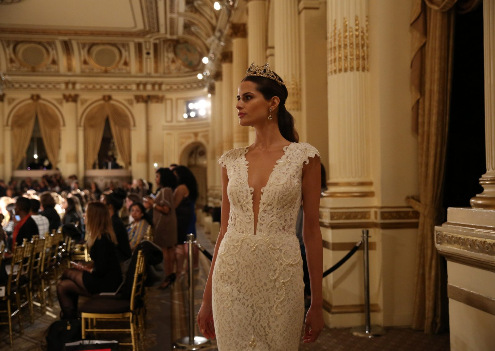 Trending: A Crown Suitable For A Queen - Maria Elena Headpieces ...