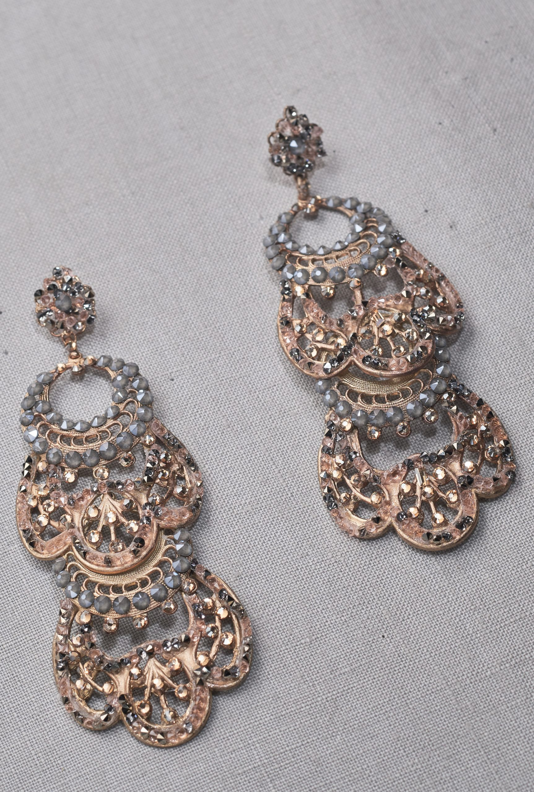 holiday earrings for women